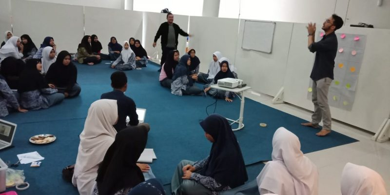 Focus Group Discussion bersama Peace Generation